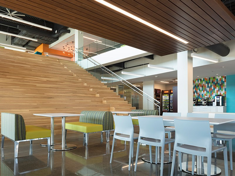 Hoefer Wysocki Designs Award-Winning SelectQuote Office Complex Expansion in Overland Park, Kansas